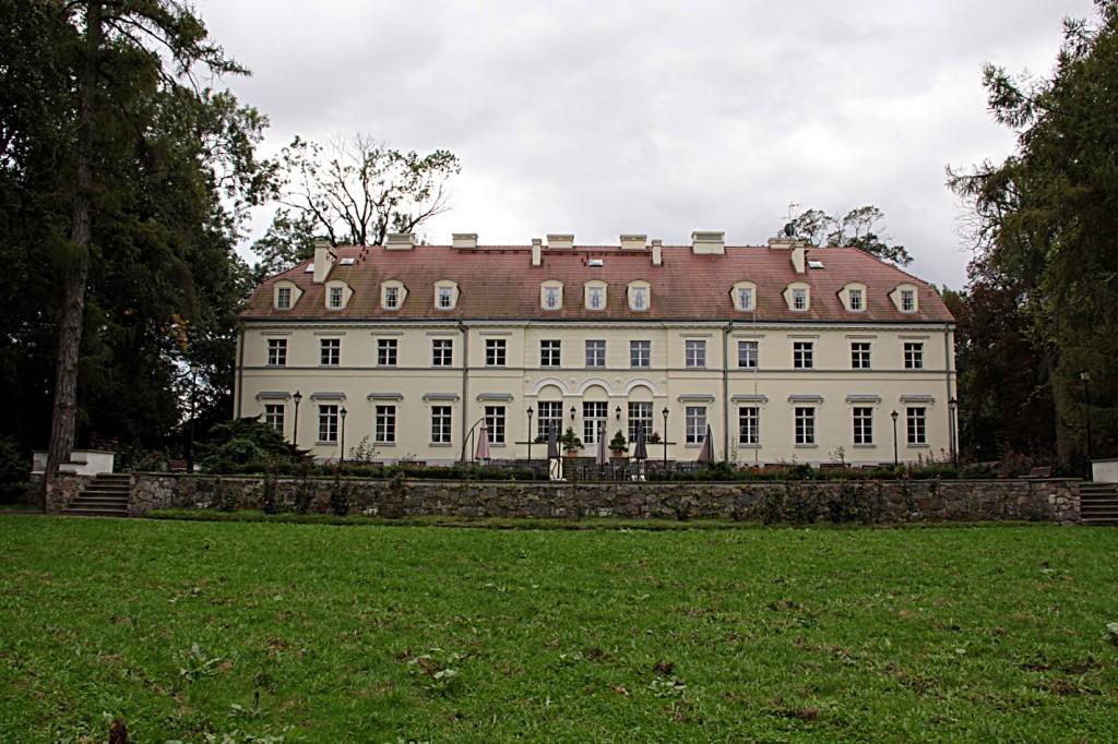 Pałac widziany od strony ogrodów